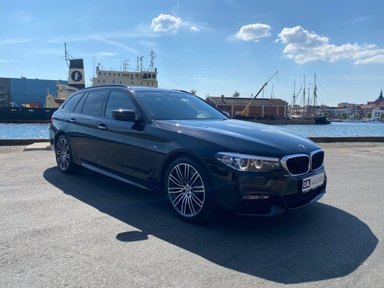 BMW 520d 2,0 Touring M-Sport aut. 5d - 2.396 kr.