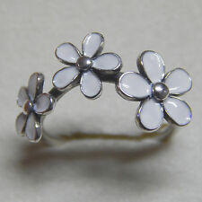 Authentic Pandora 190900EN12 Ring Size (7) 54 White Darling Daisies Box Included