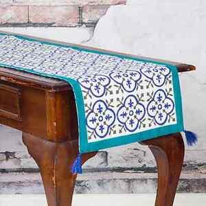 TABLE-RUNNER-35-X-130-IN-COLOURS-OF-JADE-GREEN-amp-ROYAL-BLUE-ON-WHITE-REVERSIBLE