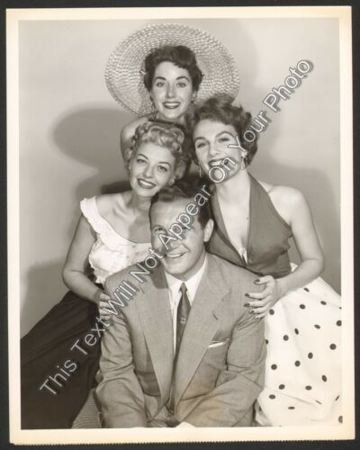 "1953 Harry Babbitt and Models On ""Glamour Girl"" NBC TV 7x9 Promo Photo"