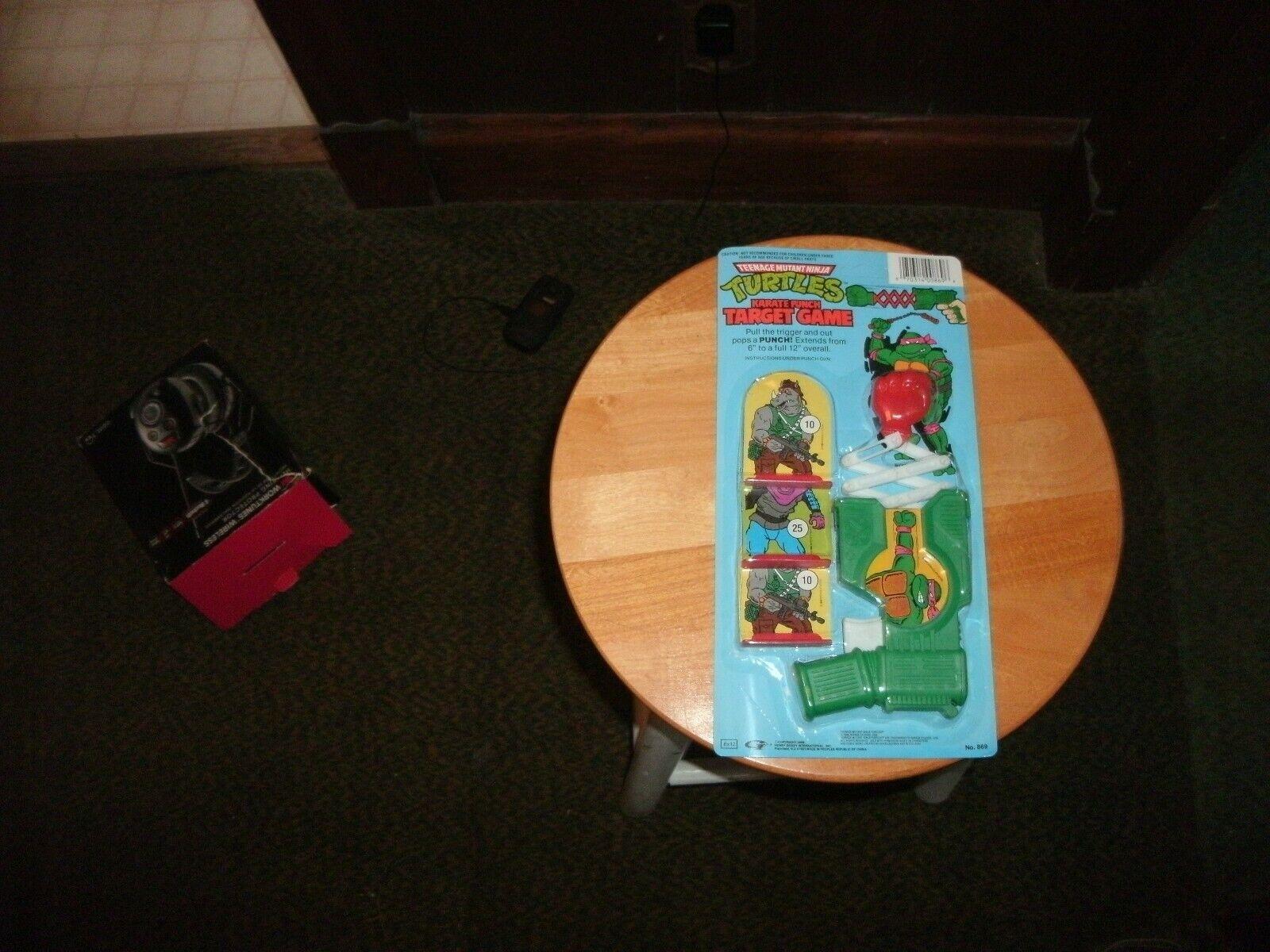 VTG 1989 Teenage Mutant Ninja Turtles TMNT  punch target gun  MOC