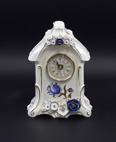 9941628 Porzellan Tischuhr Mit Blauen Rosen Ens H22cm Knitterfestigkeit