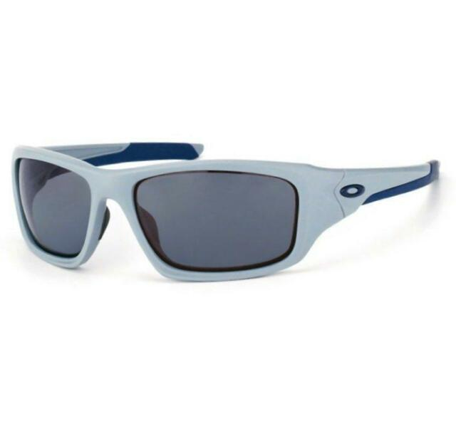 52c434929e Oakley OO 9236-05 POLARIZED VALVE Matte Fog Grey Mens Sunglasses Gift New  in Box
