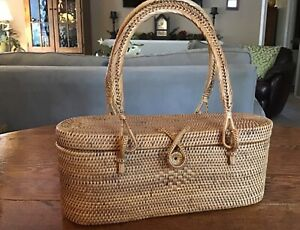 Handwoven New England Crafted Intricately Hand Woven Oval Rattan Bag VTG