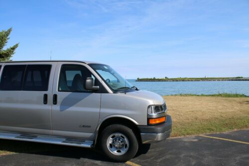 "12/"" Black Spring Stainless AM//FM Antenna Mast Fits 96-19 Chevy Express Van 3500"