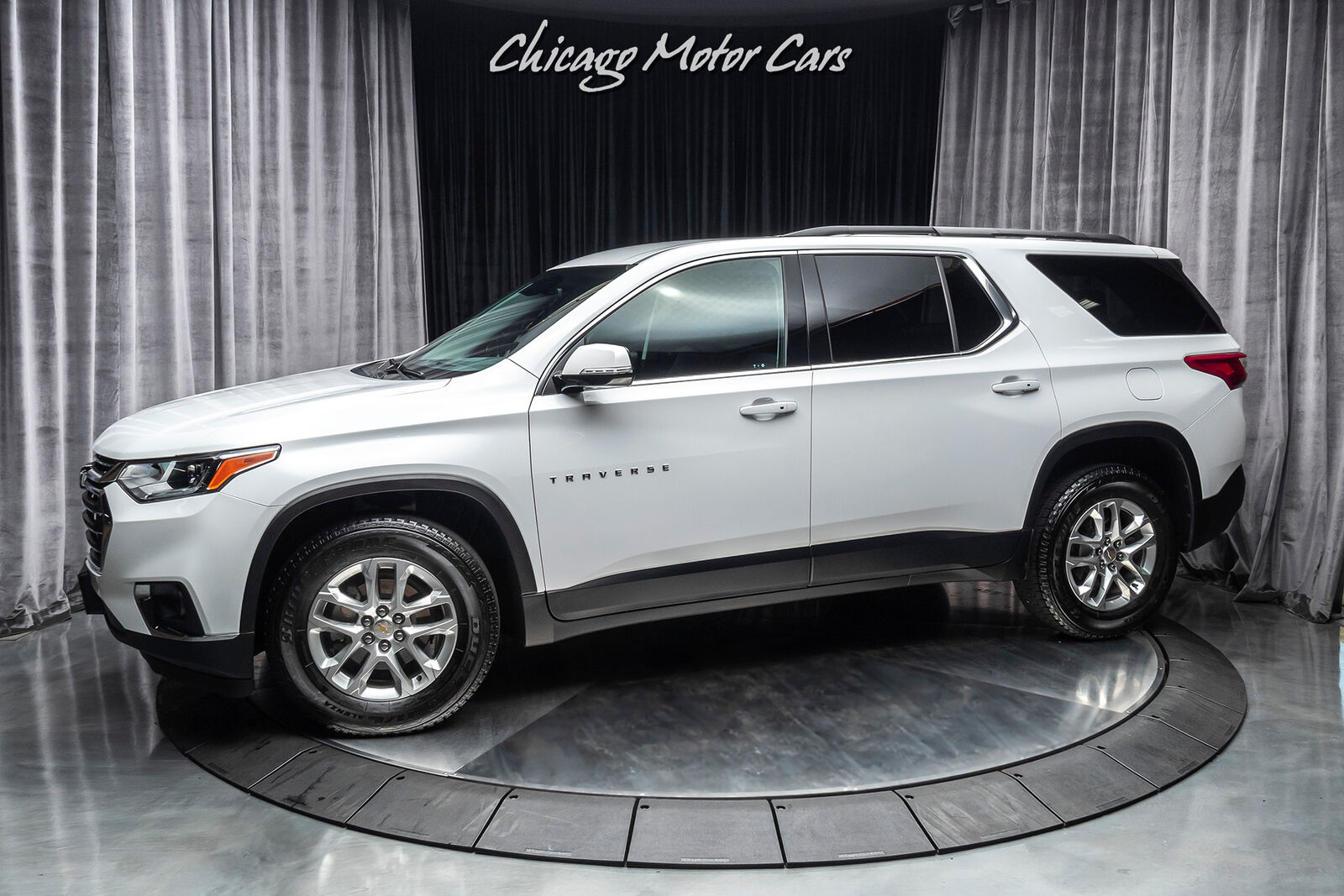 2019 Chevrolet Traverse AWD 1LT SUV WELL EQUIPPED! EXCELLENT DAILY DRIVER!