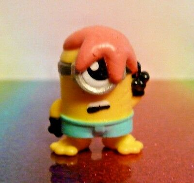 Despicable Me Mineez Series 1 #42 PICKETING MINION Mini Figure Mint Loose