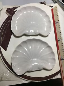 Two-Shell-Side-Plates-Serving-Dishes-Pottery-Tableware-White-ITCC-London