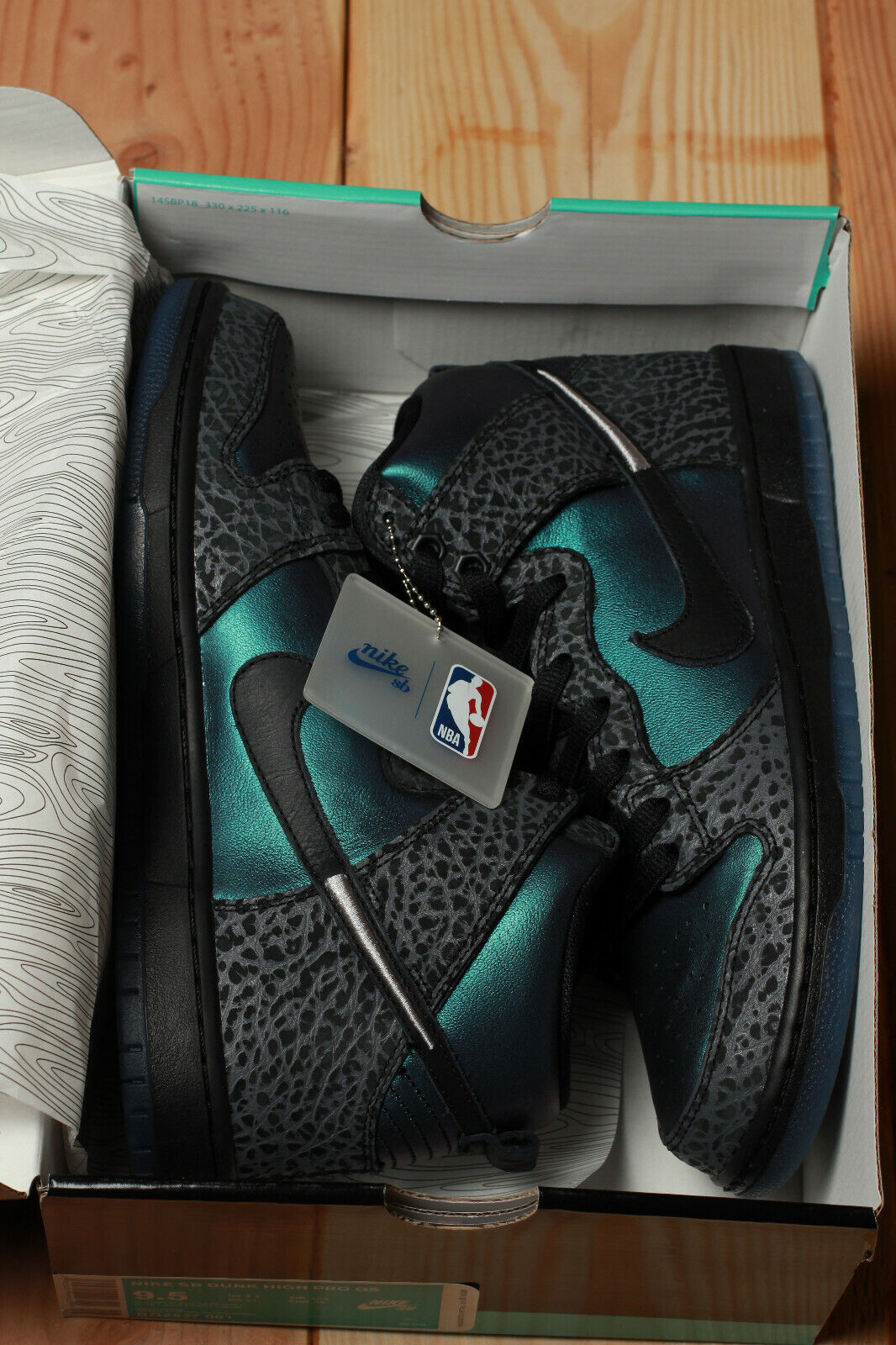 Nike SB Dunk High QS Black Sheep Black Hornet Size 10.5 US Men's