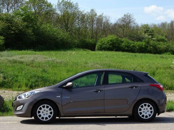 Hyundai i30 1,4 CVVT Comfort - billede 2