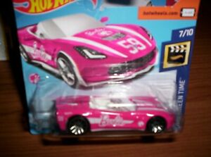 CHEVROLET-STINGRAY-BARBIE-2014-HOT-WHEELS-SCALA-1-55