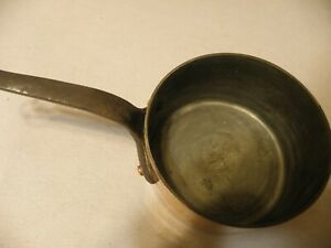 Vintage-E-Dehillerin-hammered-copper-saucepan-Villedieu-France