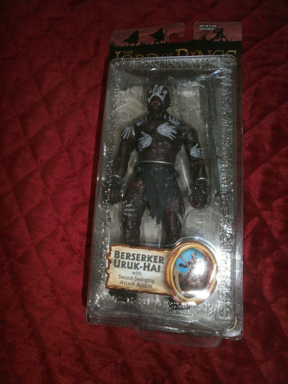 THE LORD OF THE RINGS THE TWO TOWERS  BERSERKER URUK HAI ACTION FIGURE
