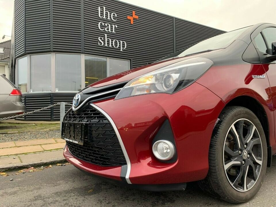 Toyota Yaris 1,5 Hybrid Spirit CVT Benzin aut. Automatgear