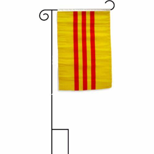 "12x18 12/""x18/"" South Vietnam Sleeved w// Garden Stand Flag"