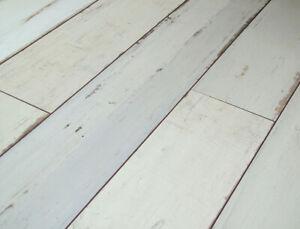 Pallet Deal Manor Brave Oak Distressed, White Distressed Laminate Flooring