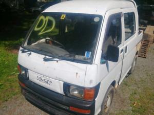 94? Dihatsu hijet deck van 4x4 5 speed parts truck no papers