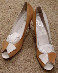 Garolini-Womens-Sz-7-5M-Leather-Made-in-Italy-Heels-Career-Pumps-Shoes-Two-Tone