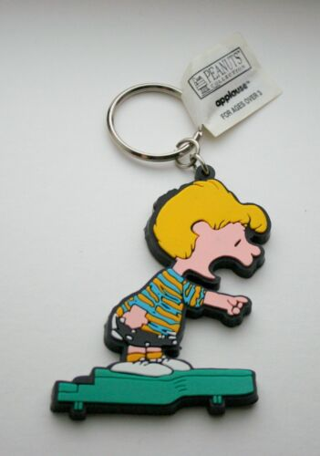 1990s Applause Peanuts Gang Schroeder Charlie Brown Key Chain Figure FOB NEW NOS