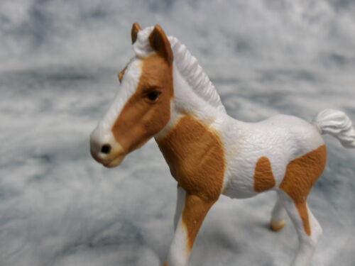 Dartmoor Hill Foal 88735 Pinto Model Horse Figurine Toy Replica CollectA NIP