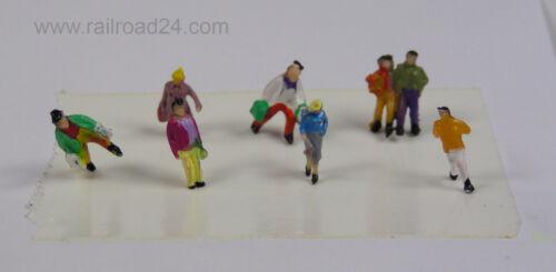 H0 stehende Figuren 100 Stück verschiedene Ausführung