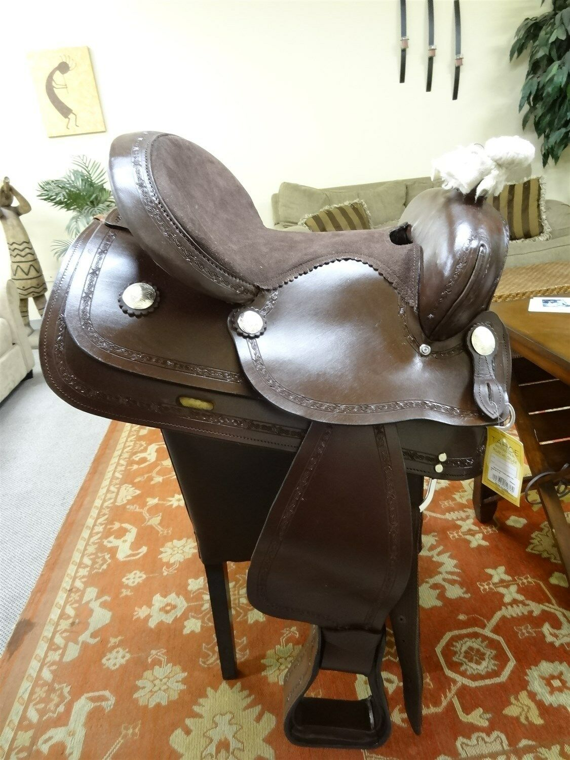 Tahoe Barbed Wire Tooled  Leather Trail Saddle Size 15   large discount