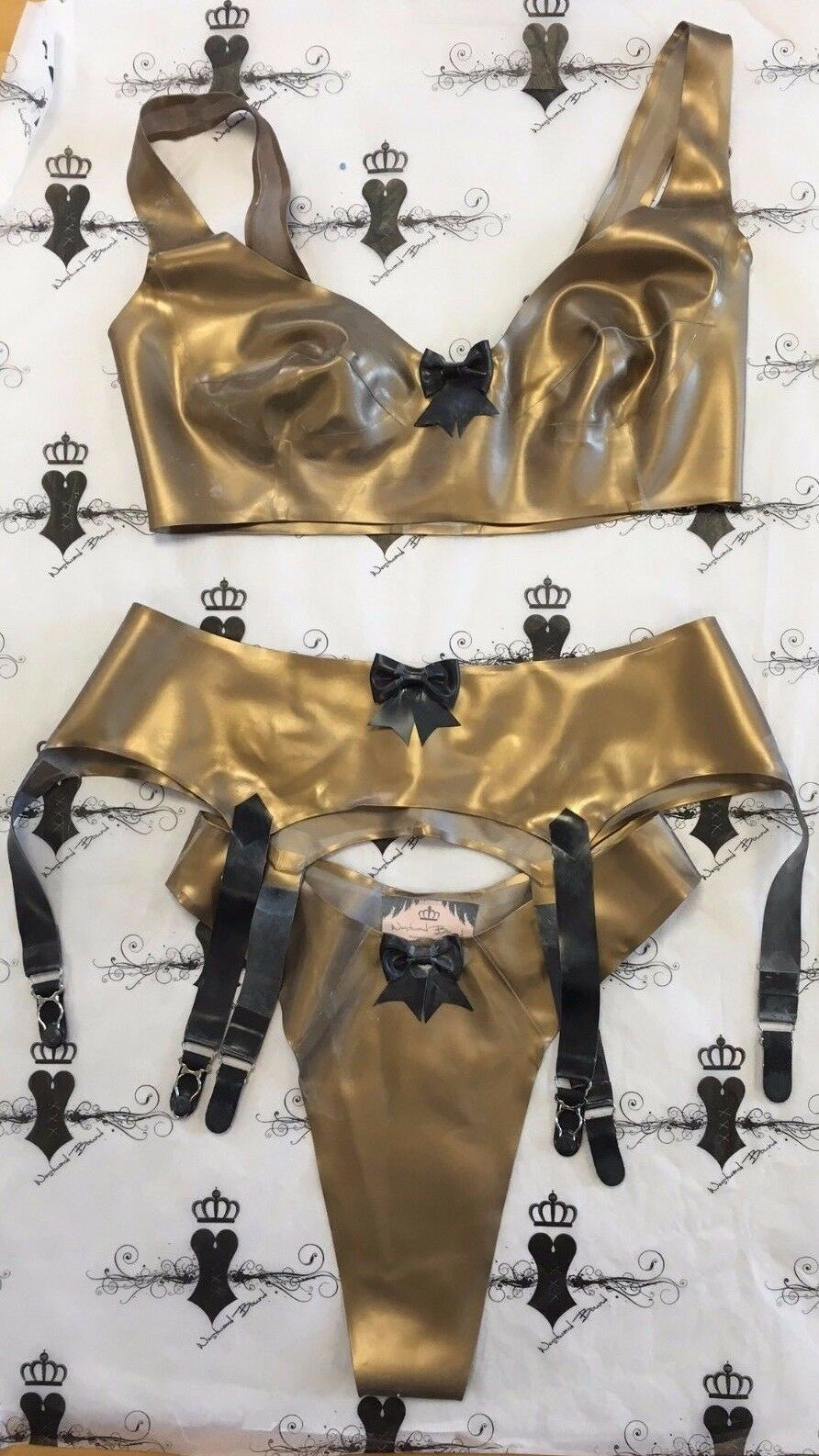 X0130 Promo Latex 3 Piece Fusion Set gold 34  M 12  RRP .09