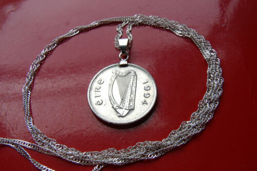 "1994 IRELAND HARP IRISH CELTIC LUCK coin Pendant on a 28/"" Silver Wavy Chain"