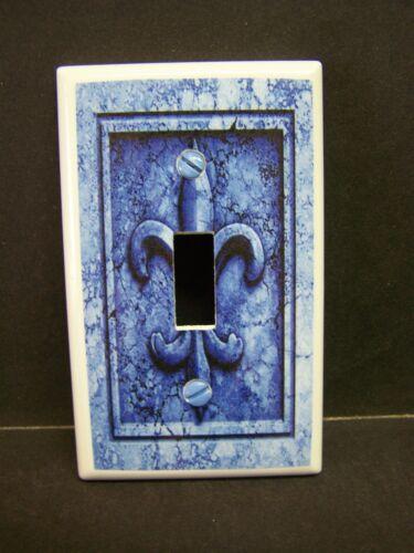 BLUE FLEUR DE LIS IMAGE 20  LIGHT SWITCH COVERS PLATE AND OUTLETS