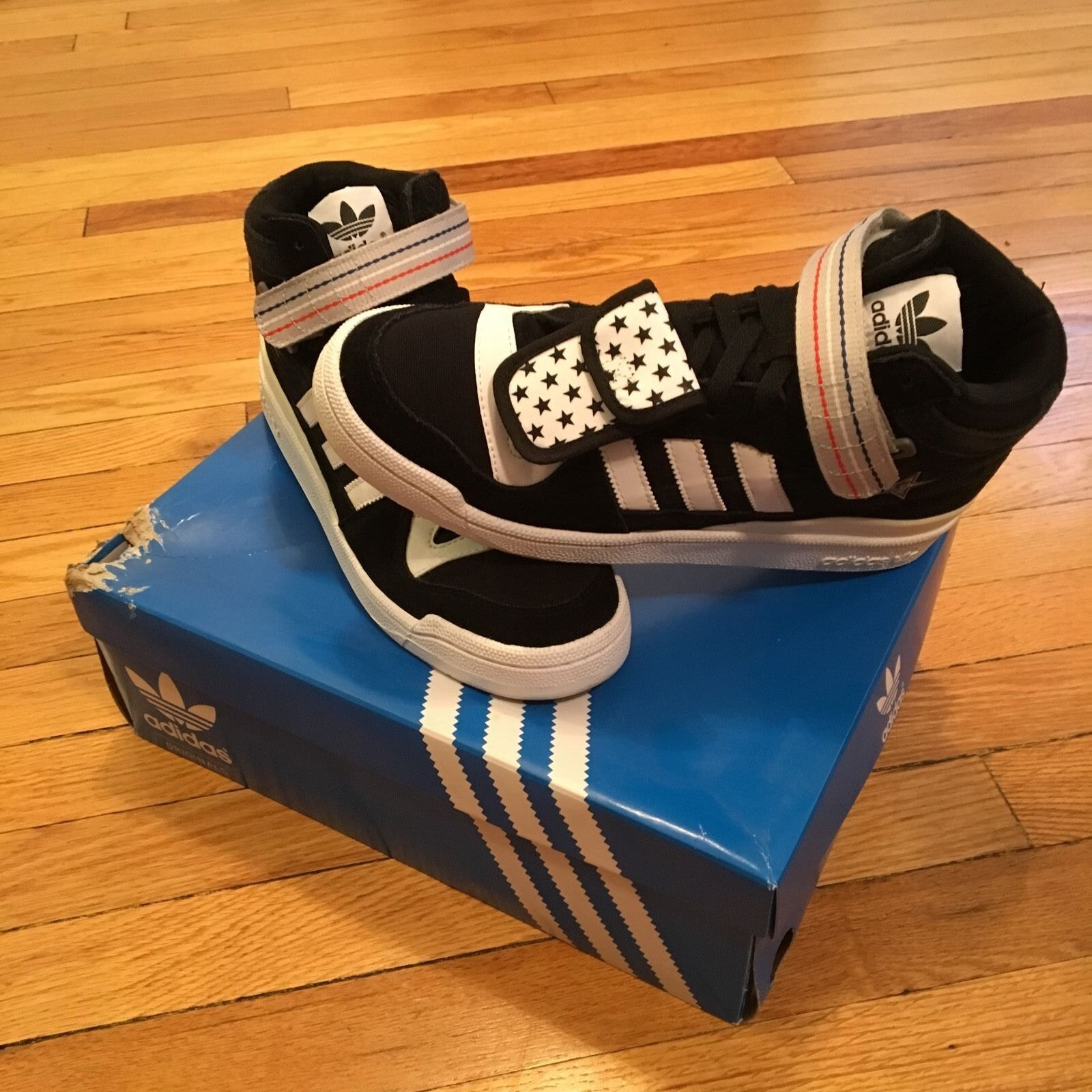 Undefeated x NBA All-Star Game x adidas Originals  All Star 2011  Forum Mid