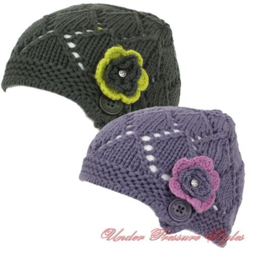 BILLABONG Mütze Wintermütze Winter Strick Strickmütze warm NEU Blume Knopf Style