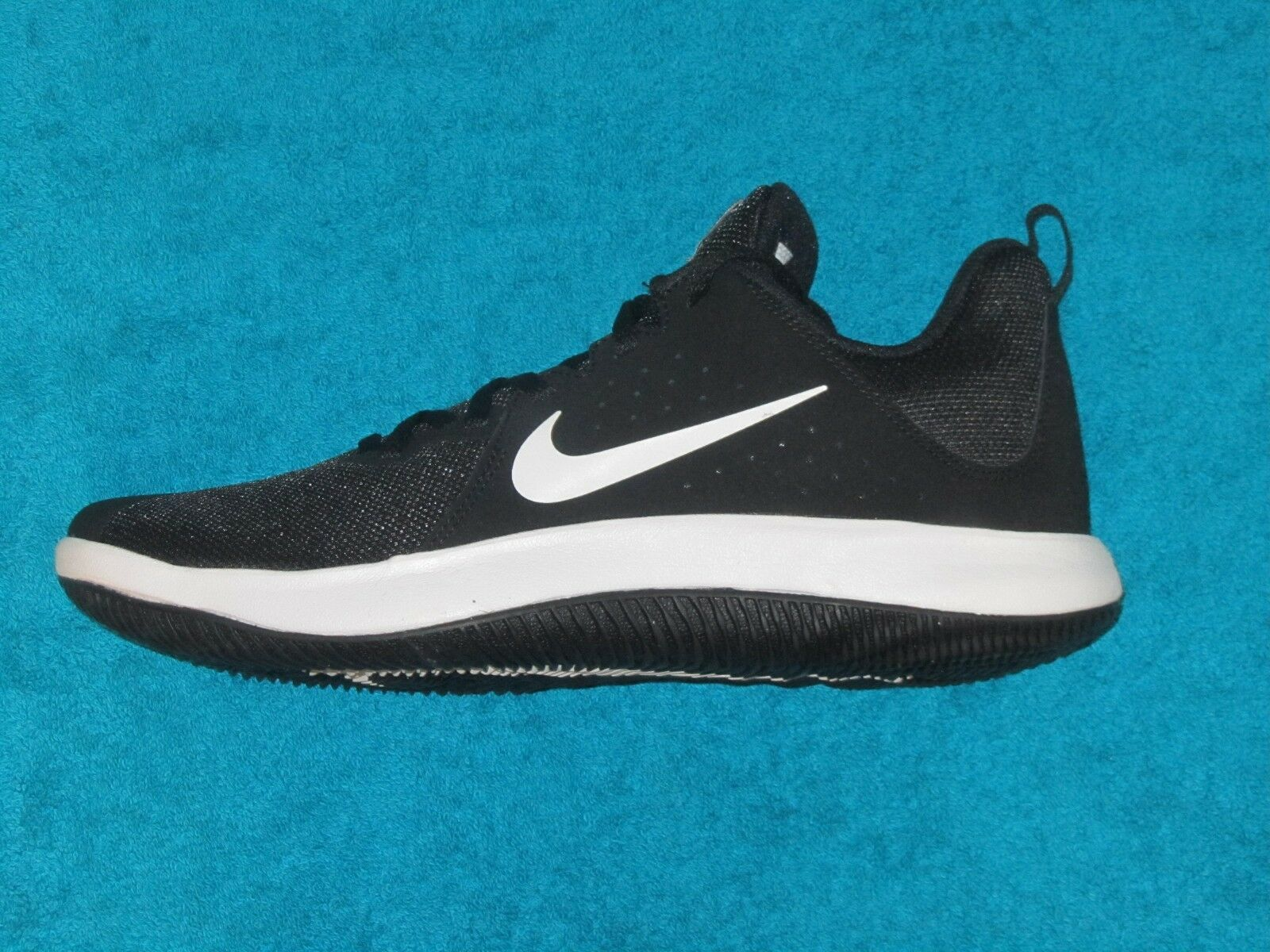 NIKE FLY.BY LOW BASKETBALL SHOES (NEW WB) 92VALUE (908973 001)