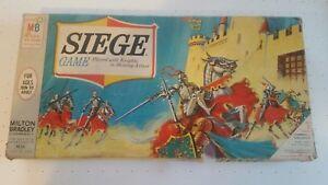 Difficile-da-trovare-VINTAGE-1966-ASSEDIO-GIOCO-100-COMPLETO-Milton-Bradley-Board-Game-Cavalieri