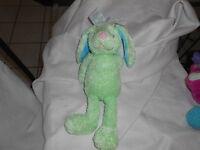 Dandee Dan Dee Collectors Pink Nose Green Bunny Rabbit 16 Heart Bow Head