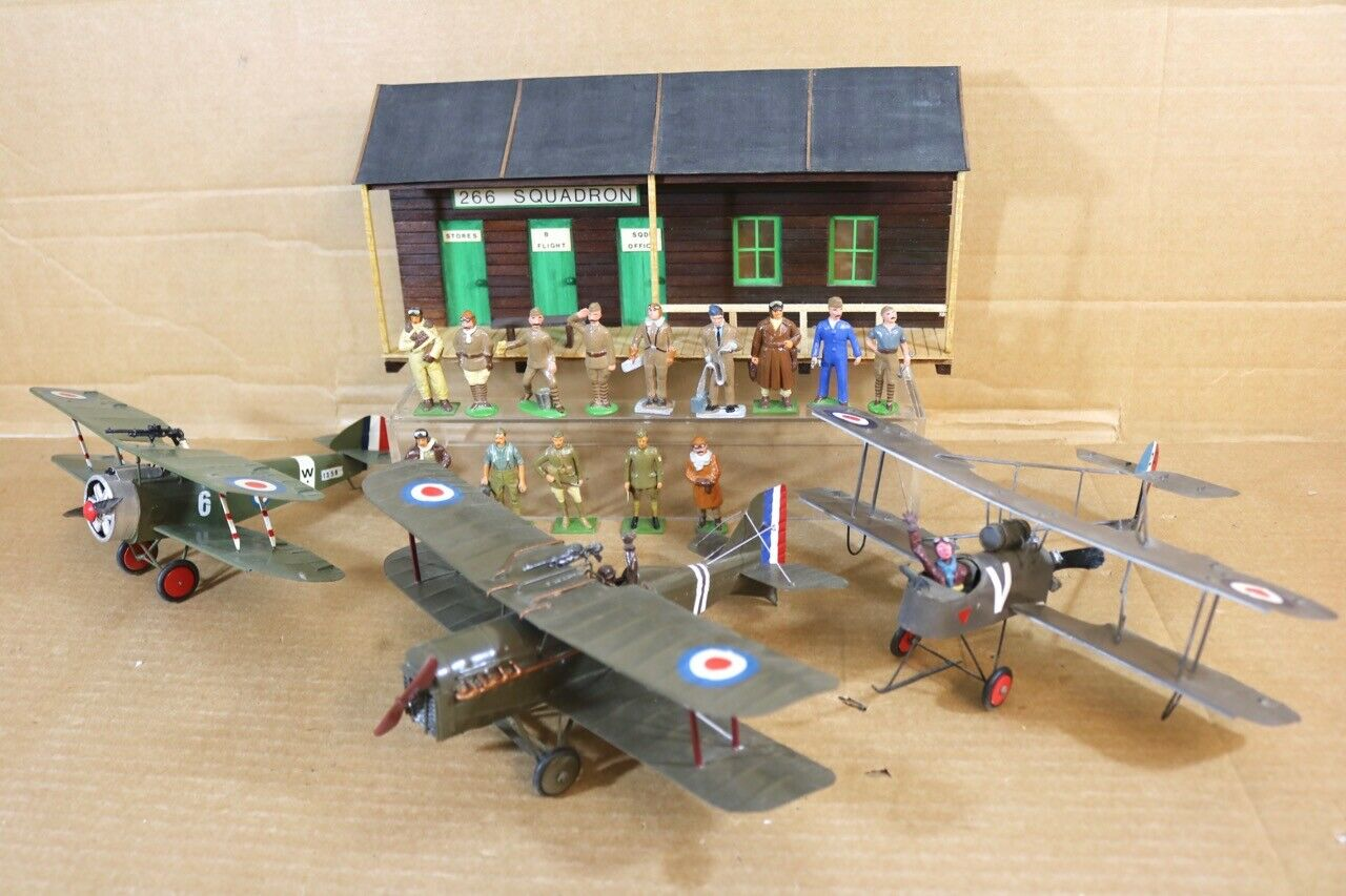 BRITAINS HECO MODELS WWI ROYAL AIRFORCE SCENE SOPWITH CAMEL DH2 SE5A & CREW SET