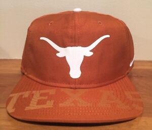 huge selection of 06cc7 58f9c Image is loading Nike-University-Of-Texas-Longhorns-Dri-Fit-Snapback-