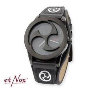 Echt-etNox-Uhr-Triscel-Time-Triskele-Gothic-Schmuck-NEU