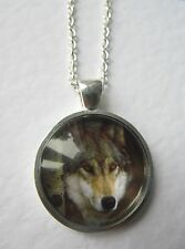 Gorgeous Wolf Design Silver Pendant Glass Necklace New in Gift Bag