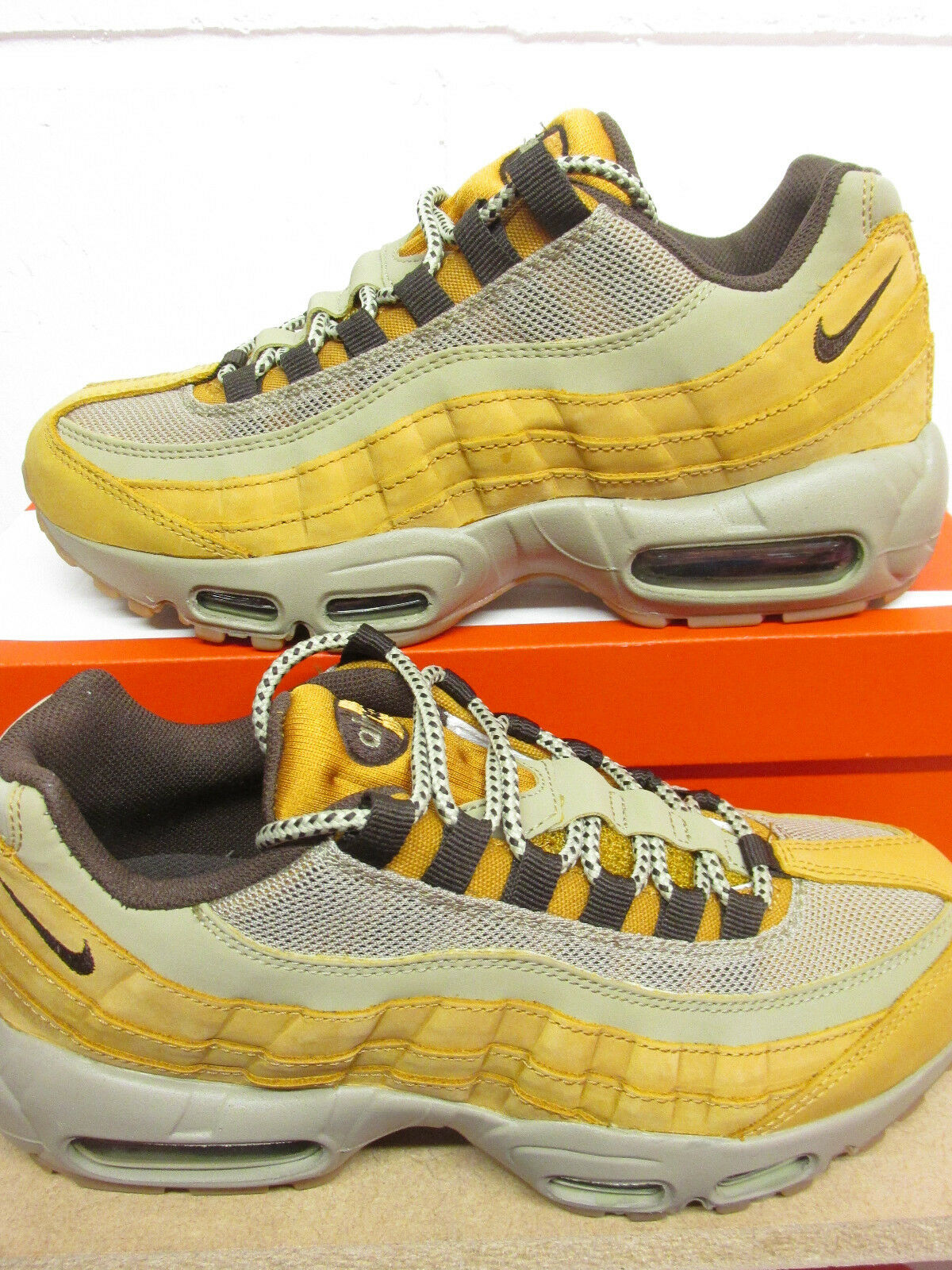 Nike Femmes Air Max 95 Hiver Basket Course 880303 700 Baskets