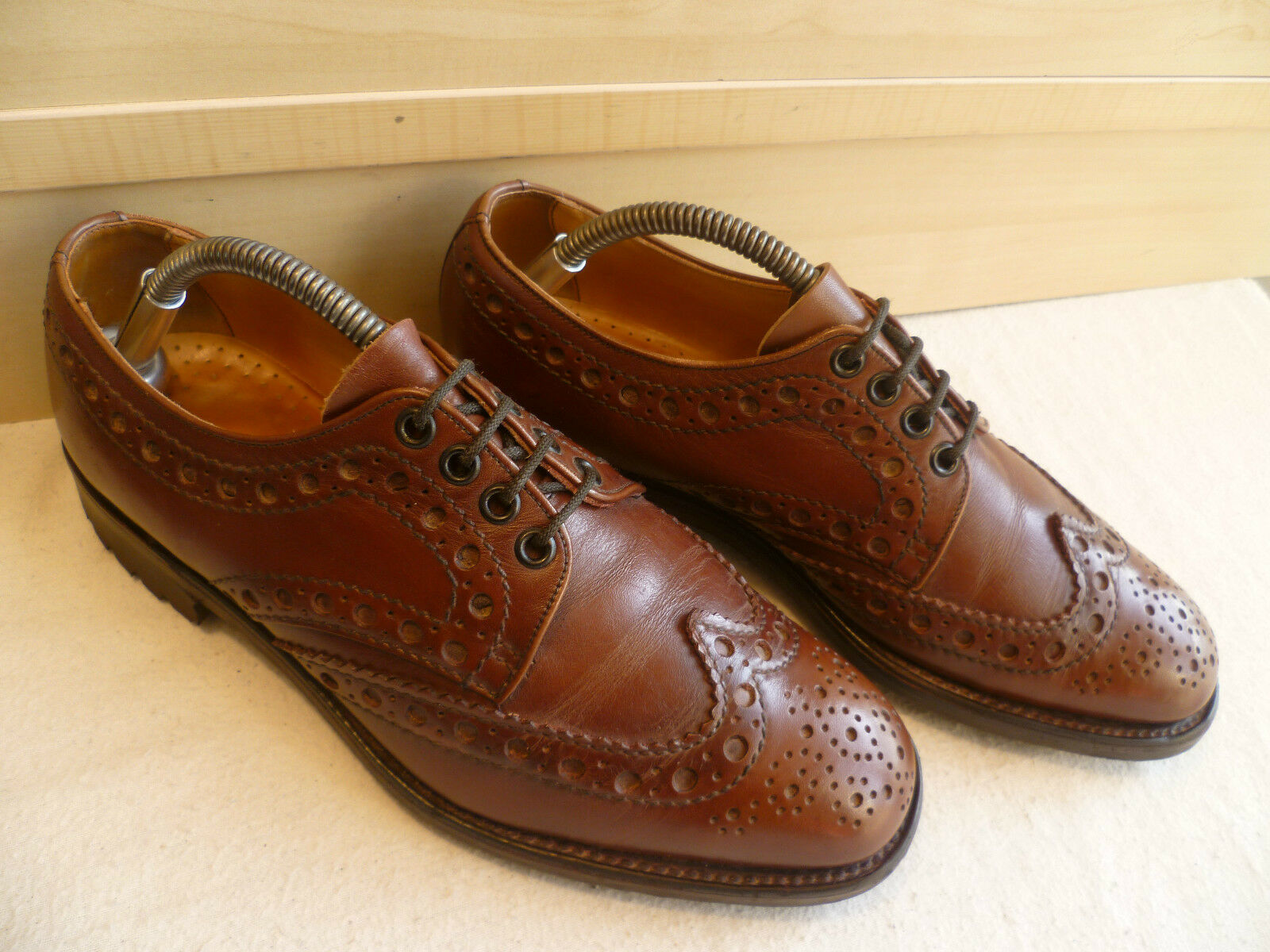 Loake Shoemakers wingtip country brogue UK 6.5 40 vtg brown wingtip Shoemakers derby Itshide sole c0bc49
