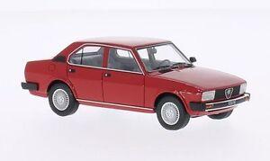 Alfa-Romeo-Alfetta-2000-034-Red-034-1980-Neo-Scale-1-43-45551