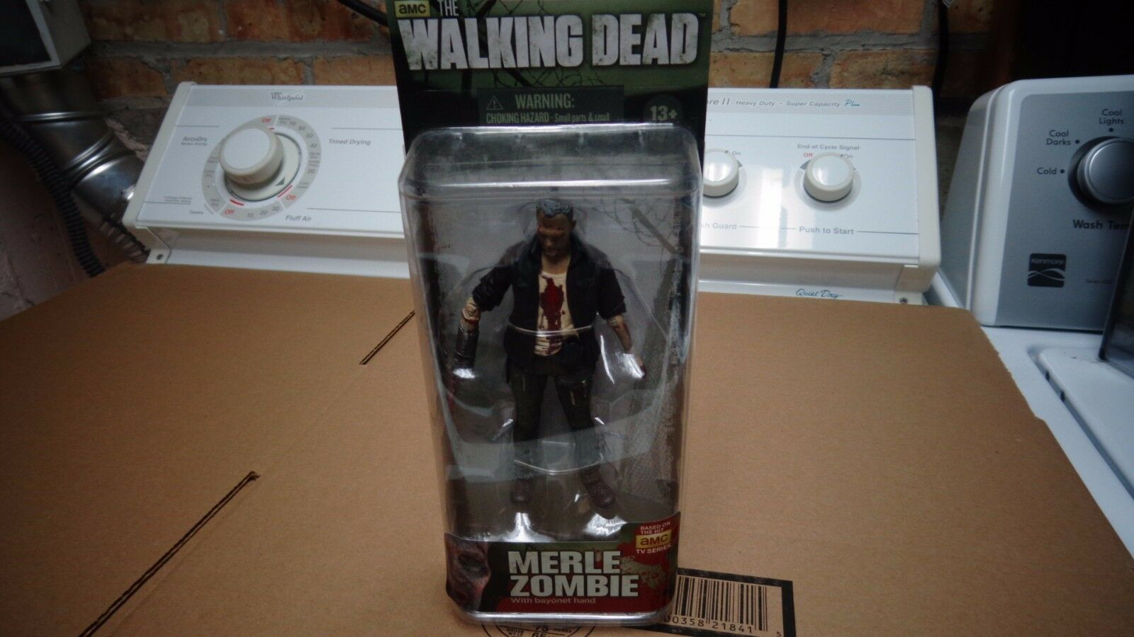 AMC THE WALKING DEAD( 4 PCS) ZOMBIE FIGURE SET MCFARLANE
