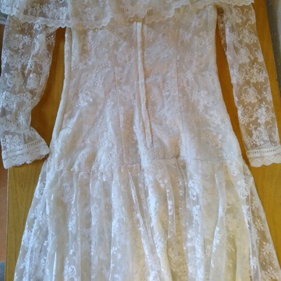 Vintage Gunne Sax White Lace Prairie Dress - image 6