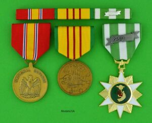 Vietnam-Campaign-Service-amp-National-Defense-Medals-with-mounted-Ribbon-Bar-T1