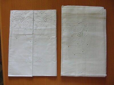 2 Einschlaglaken 2 Kopfkissen Weiß Weißstickerei Vintage Einschlagtuch