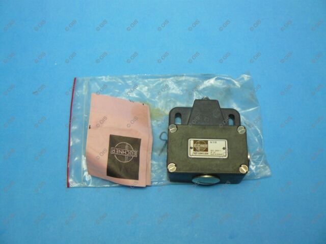 SUNS SN3242-SP-B3 Panel Roller Plunger Limit Switch 914CE29-6 9007MS08S0100