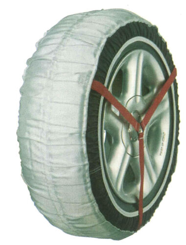 1 pair of car ice snow tyre socks new in carry bag 38S