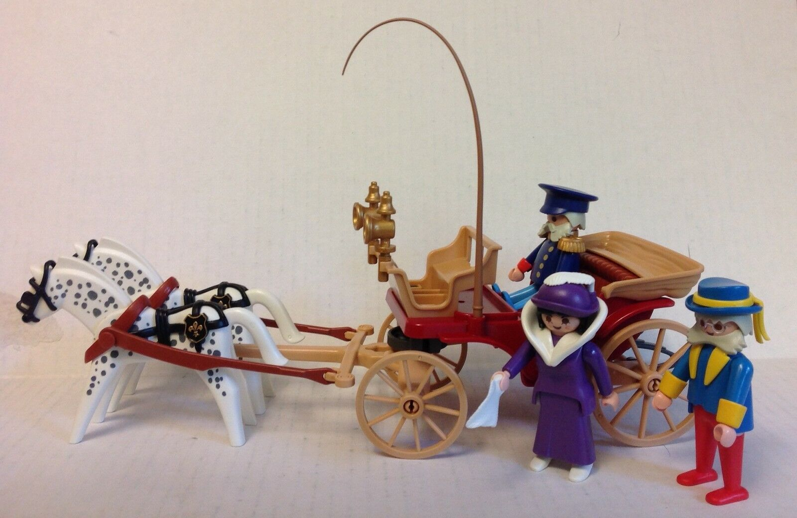 Playmobil Victorian Horse-Drawn Carriage w Driver, Ambassador, & Lady   NEW