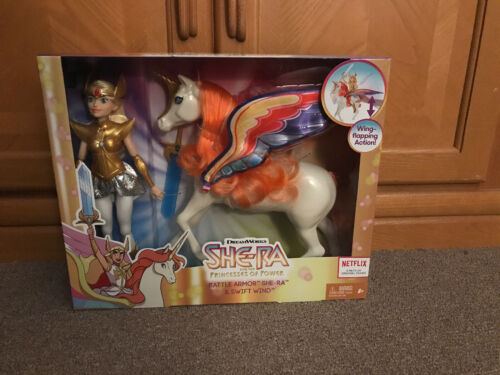 She-Ra Princess of Power Battle Armor She-Ra Doll /& Swift Wind Horse New