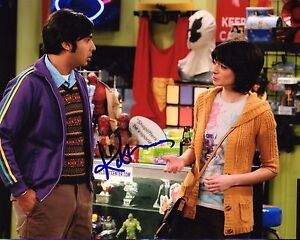 Gfa The Big Bang Theory Lucy Kate Micucci Signed 8x10 Photo Mh3